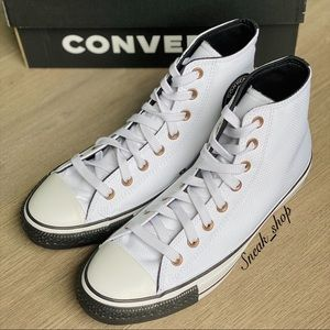 NWT Converse Chuck Taylor All Star Debossed Mens